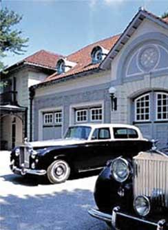 Chauffer's Garage at DuPont Mansion